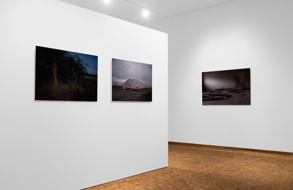 Täglich Bort. Fotografien von Anna Ullrich, Ausstellung zum Aschermittwoh der Künstler, Dommuseum Hildesheim, 28.02.2020, Ausstellungsansicht